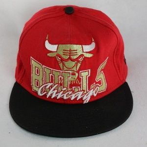 New Era CHICAGO BULLS Red/Black/Gold Snapback Hat